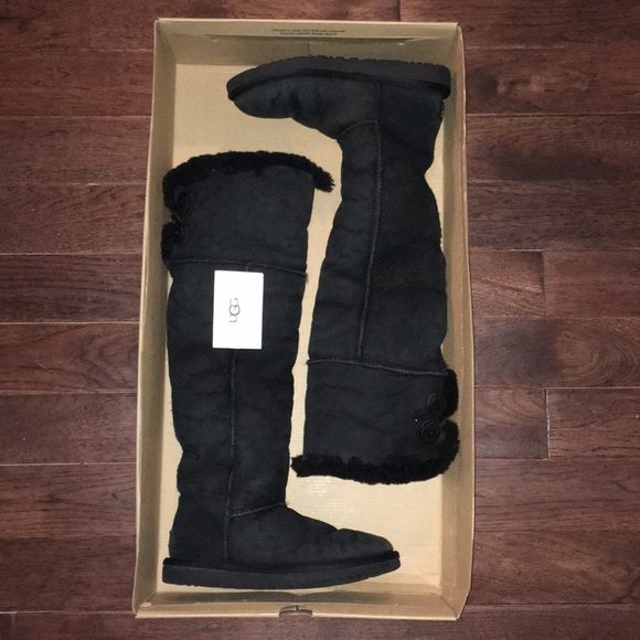 6f2cfcc5a5a SALE 💥RARE UGG BLACK OVER KNEE BOOTS!!♥️